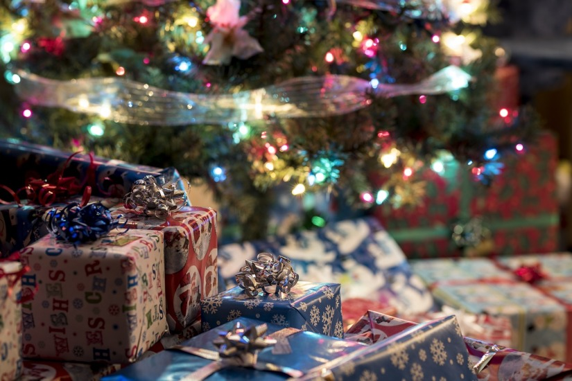 gifts-3886310_1280